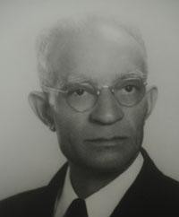 Dr. Maurice E. Thomasson