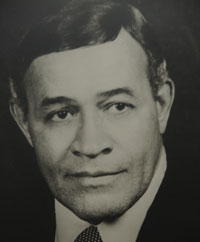 Dr. Oscar J. Chapman