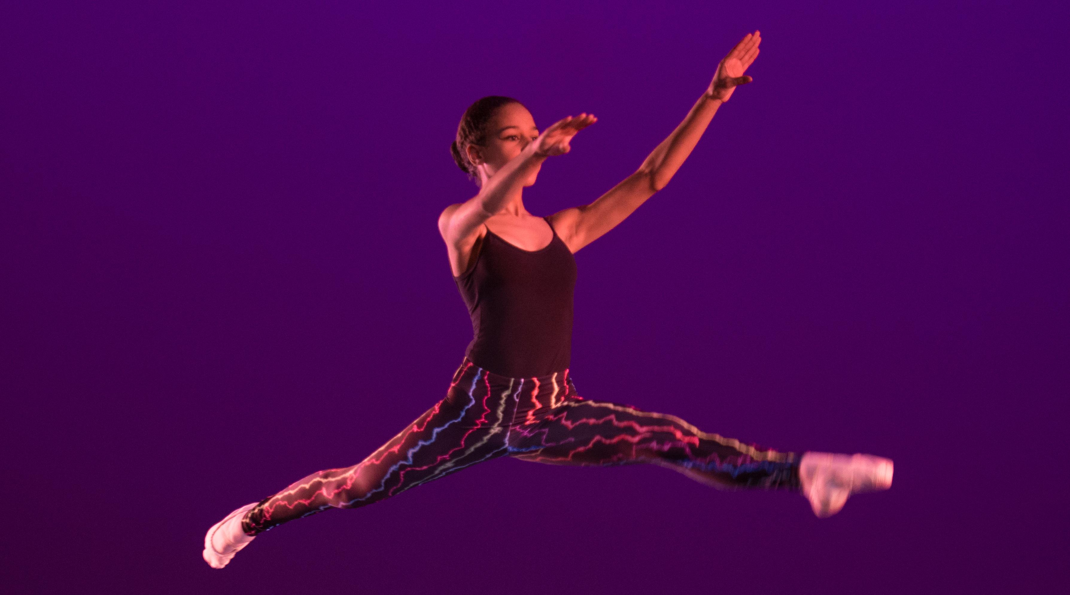 Ballet dancer from ecarte dance
