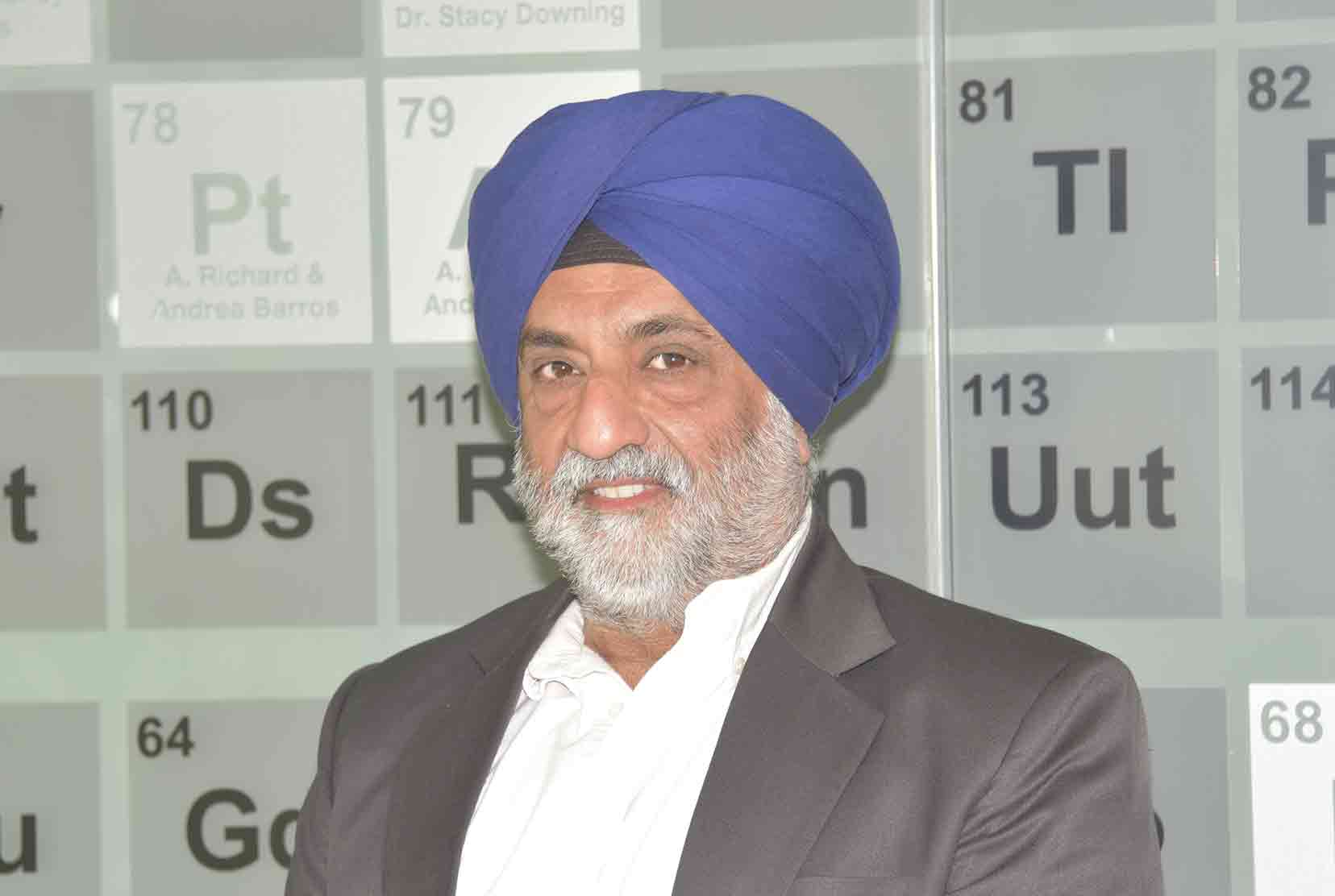 Dr. Harbinder Singh Dhillon, Professor of Biological Sciences, is the principal investigator of a three-year, $1 million National Science Foundation grant that will fund doctoral research fellowships and enable the University to establish a certificate program in bio-imaging and bio-photonics.