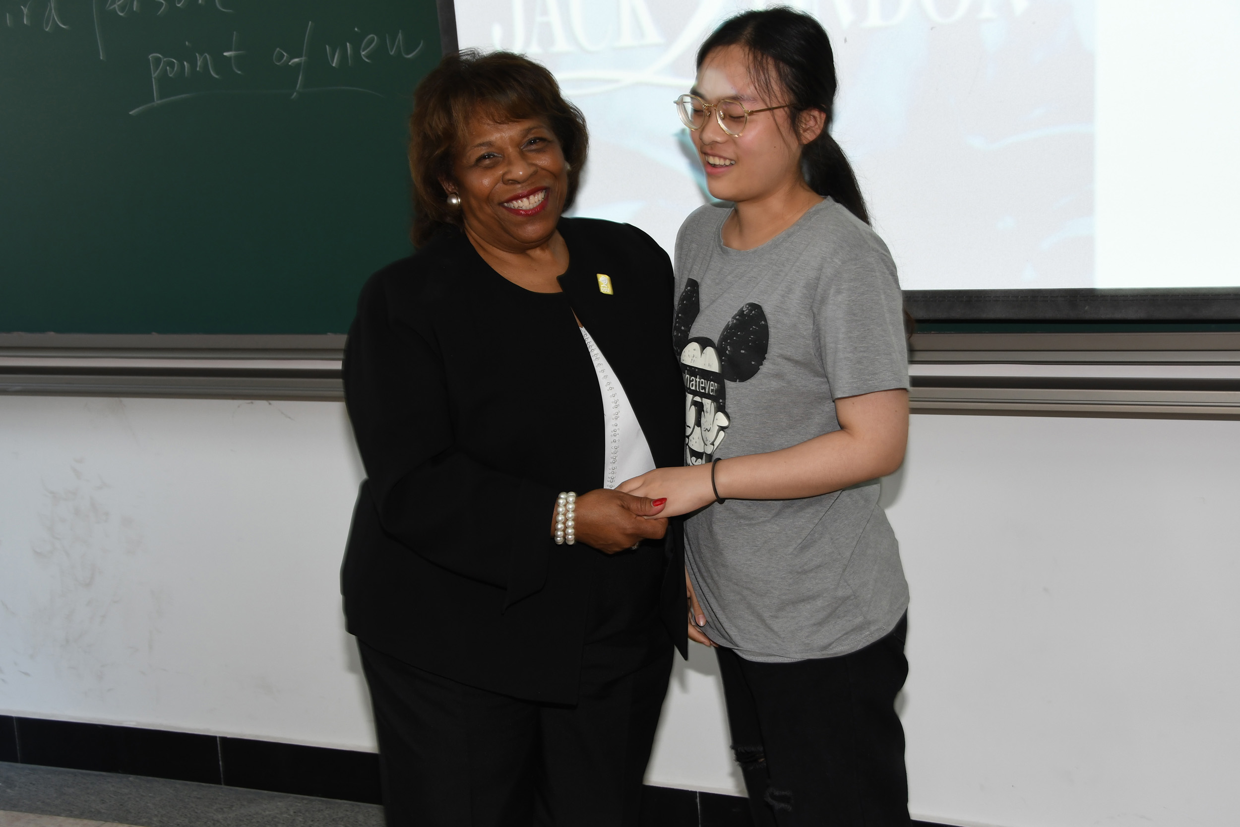 Dr. Wilma Mishoe poses with a unidentified freshman accounting student.