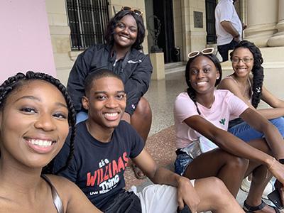 (L-r) Jewel Phillips, Austin Williams, NIa Pope, Rebecca Altidor and Fatima Edwards enjoying Cuba.