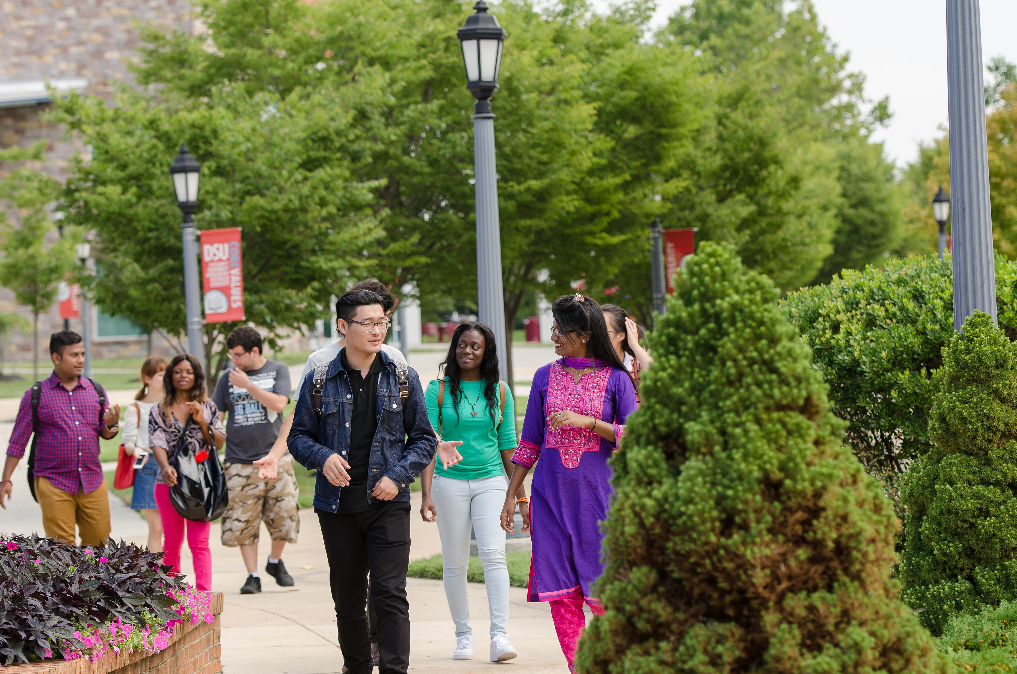 The University credits its current 73% freshmen retention rate -- the highest-ever in University history -- as one of the factors that has led to a new enrollment record this fall.