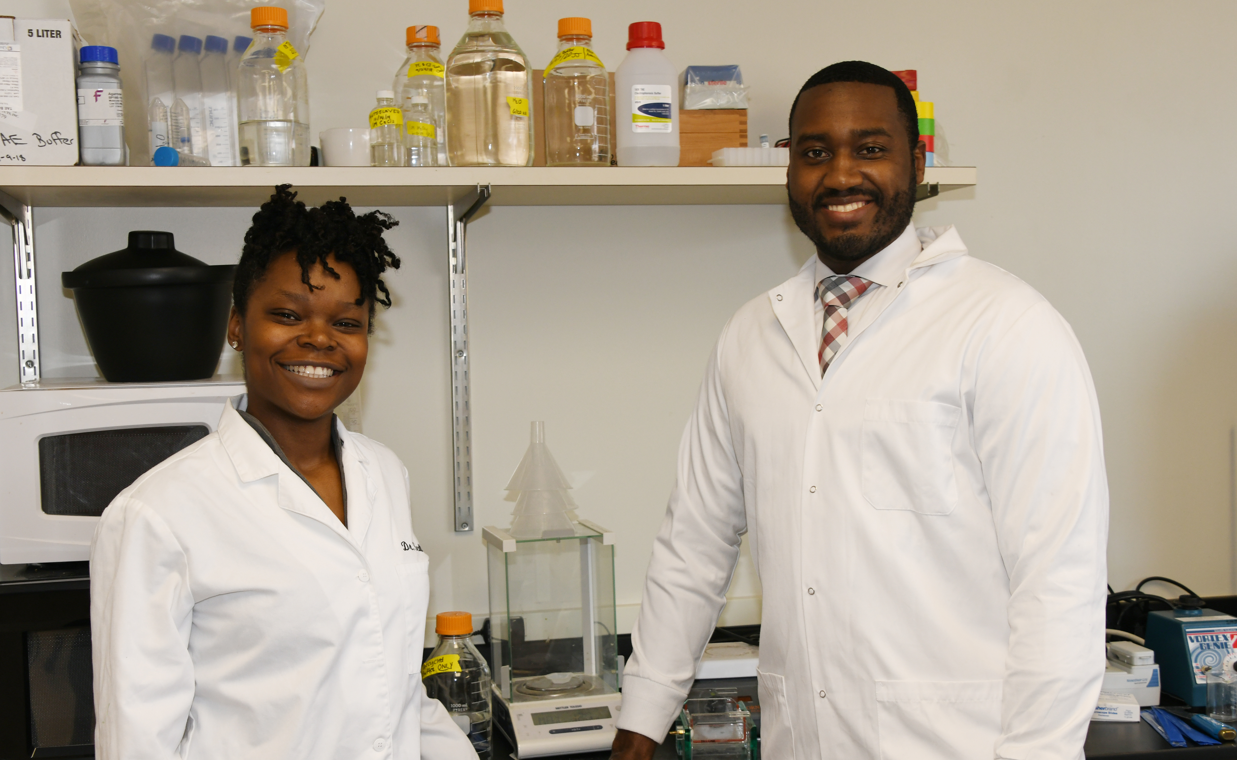 Biological Sciences couple awarded $750,000 grant