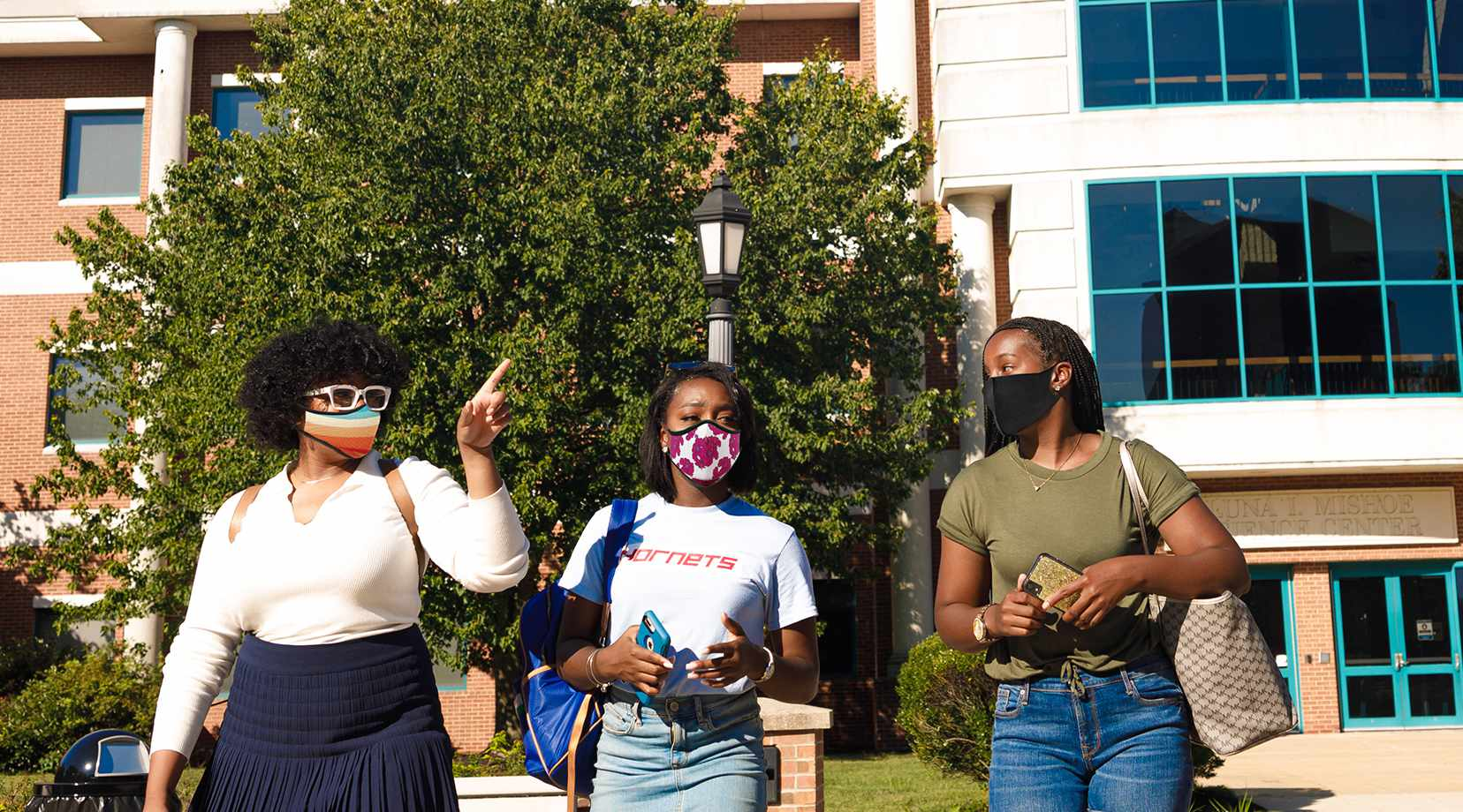 Message as semester begins: Wear masks in public spaces