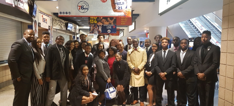 Sports Management Majors Hear Industry Execs in Philly